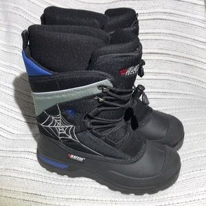 Baffin Polar Black Widow Junior Snow Boots